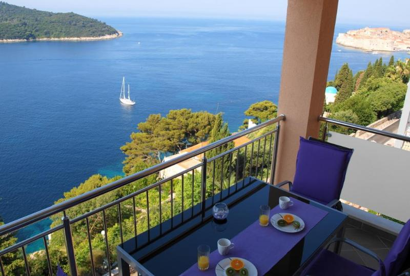Soak up the magnificient views from your balcony! - 02- Designed 2-BR, balcony & views to die for! - Dubrovnik - rentals
