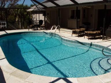 Pool and lanai area - Beach Plum Cottage: A Tranquil, Near-beach Setting - Sanibel Island - rentals