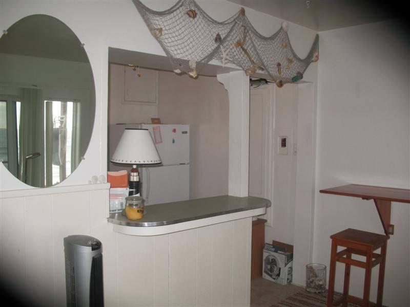 Wonderful House with 1 Bathroom in Carlsbad (3009 #F Ocean St.) - Image 1 - Carlsbad - rentals