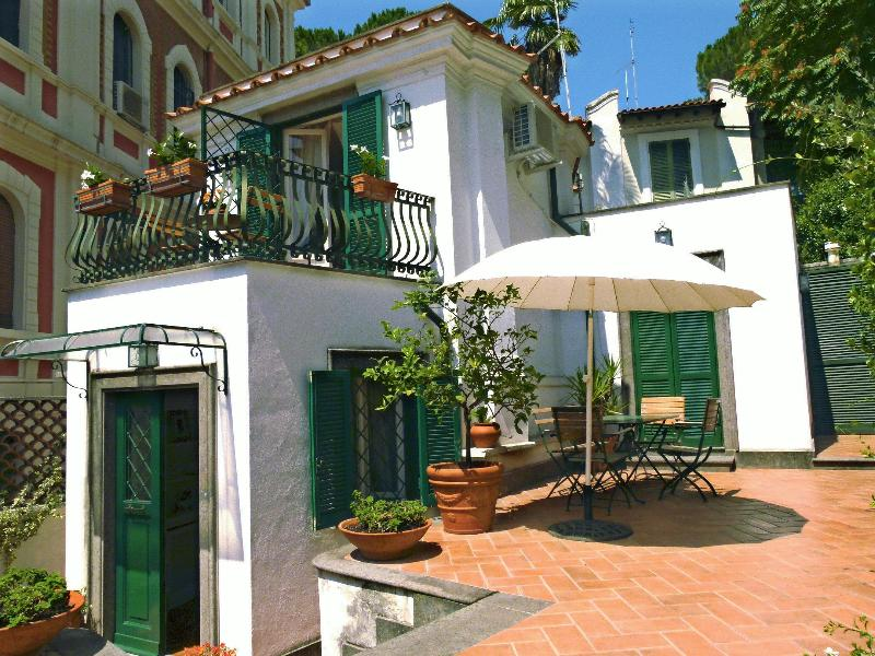 Exterior - Lovely cottage in central Rome, l'Orangerie - Rome - rentals