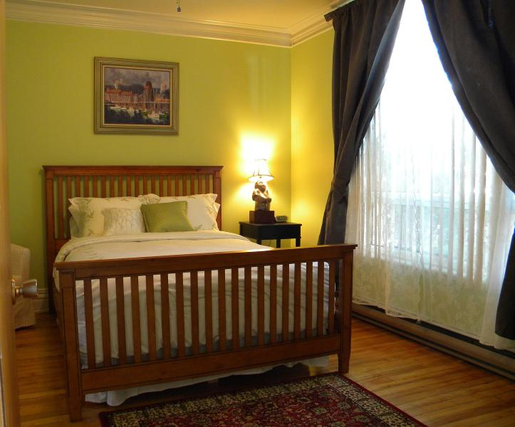 Alaska Room - Bed & Breakfast - Montreal - rentals