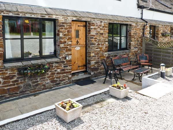 BEECH COTTAGE, family friendly, character holiday cottage, with a garden in Goonhavern, Ref 7918 - Image 1 - Cornwall - rentals