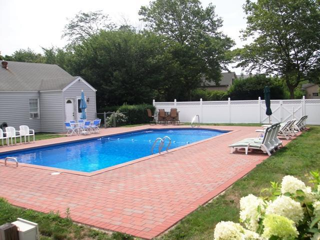 3 Bdrm Southampton Village House With Heated Pool. - Image 1 - Hamptons - rentals