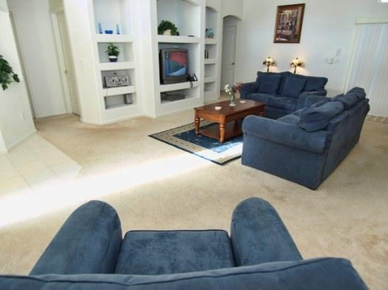 Living Area - WEH3P15405BVD 3 Bedroom Luxury Villa with Modern Amenities - Clermont - rentals