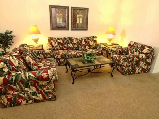 Living Area - TLCP4P648CD 4 Bedroom Pool Home in Gated Resort Community - Haines City - rentals