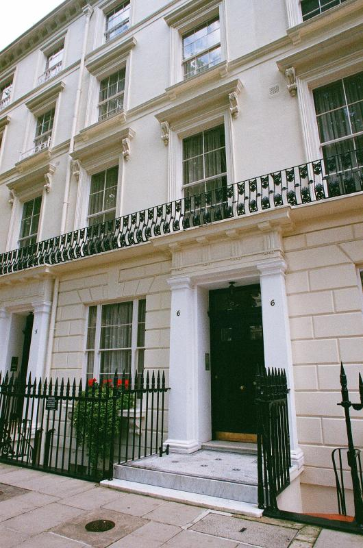 The Building! - Central London 1 Bedroom Apartment - London - rentals