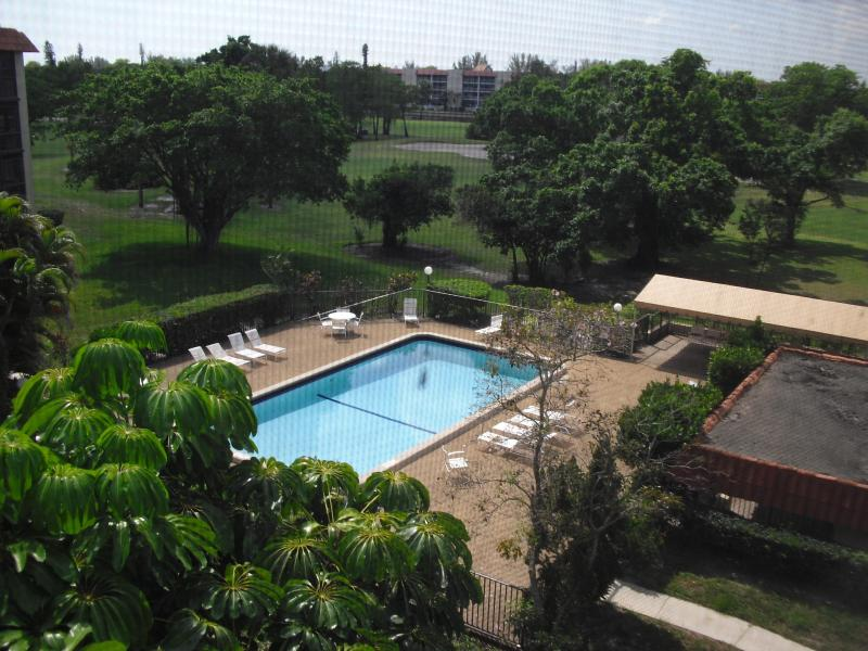POOL - 2 Bedroom Unit - Fort Lauderdale - rentals