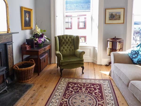 THE MERCHANT'S HOUSE , family friendly, character holiday cottage in Kilrush, County Clare, Ref 4669 - Image 1 - Kilrush - rentals