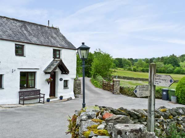 THORNEYFIELD COTTAGE, pet friendly, luxury holiday cottage, with open fire in Bowness & Windermere, Ref 5523 - Image 1 - Bowness & Windermere - rentals