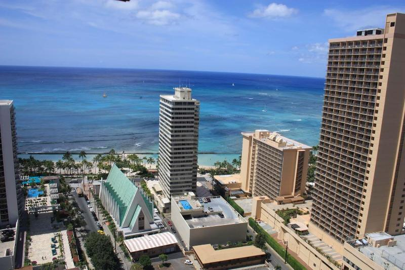 Ocean View From Living Room, Bedroom & Balcony - Banyan 35th Floor Ocean View Corner Condo $126+ - Waikiki - rentals