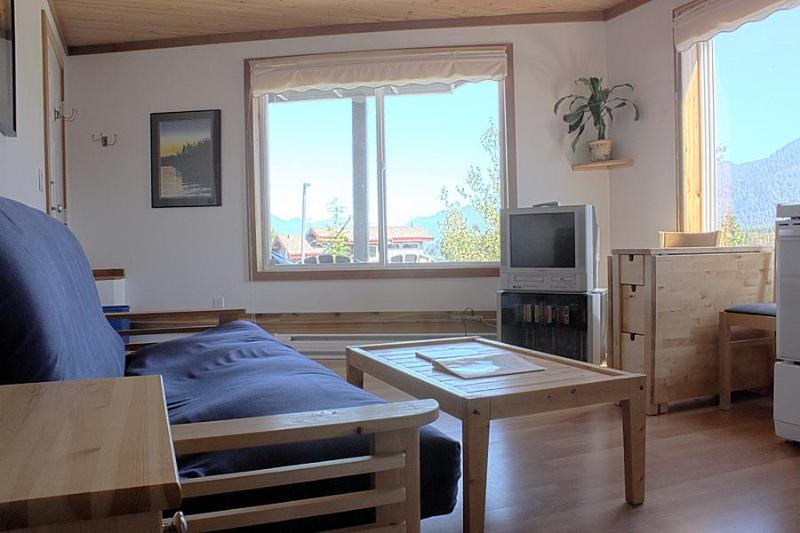 Cozy, Westcoast Suite.  Ocean View, Mountain View. - Image 1 - Tofino - rentals