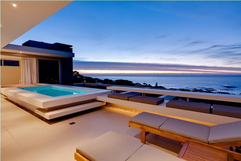 Penthouse plunge pool - 2-5 Bedroom Sea View Villa, 10 Min Walk to Beach - Camps Bay - rentals