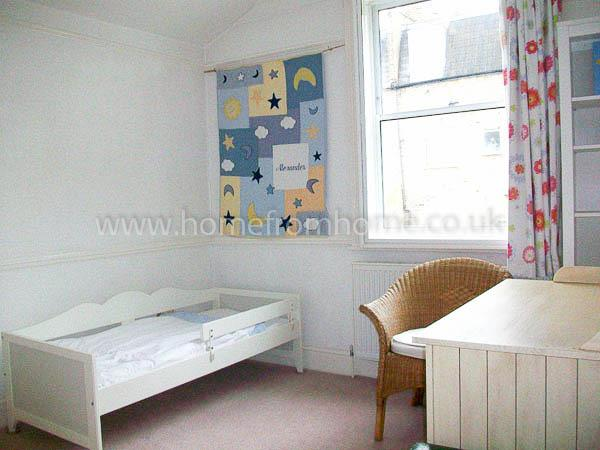 Beautiful full-sized family home in a quiet residential area- Fulham - Image 1 - London - rentals