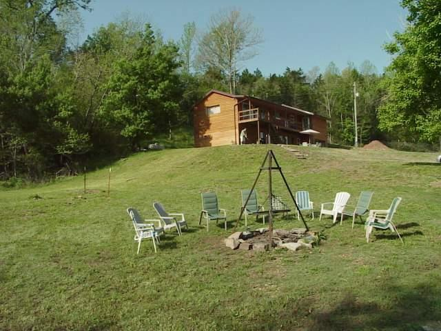 Luxurious  Cabin close to the Buffalo River - Image 1 - Jasper - rentals