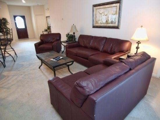 Living Area - HG4P144SPL Tastefully Decorated 4 BR Pool Home with Wi-Fi - Four Corners - rentals