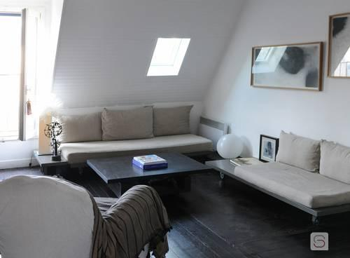 Bright and spacious living room - Le Bachaumont - Rooftop loft in the heart of Paris - 2nd Arrondissement Bourse - rentals