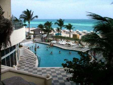 Oceanfront  One Bedroom - Image 1 - Sunny Isles Beach - rentals