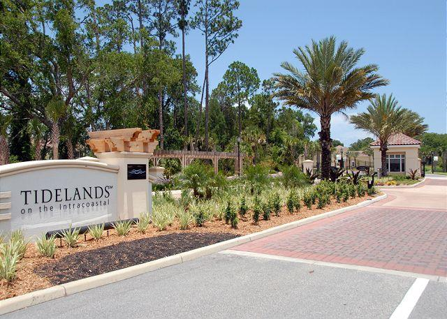 Outstanding Direct Intracoastal Waterway Condo at Tidelands! - Image 1 - Palm Coast - rentals
