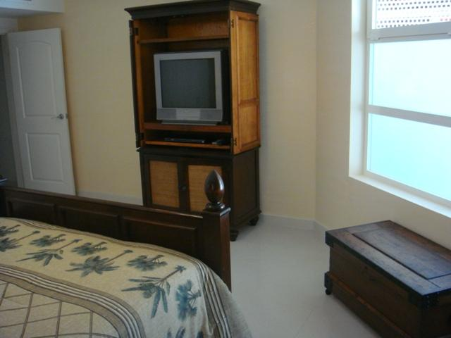 Flatscreen SDTV in master bedroom - Garden Delight Two-bedroom condo - E125-2 - Eagle Beach - rentals