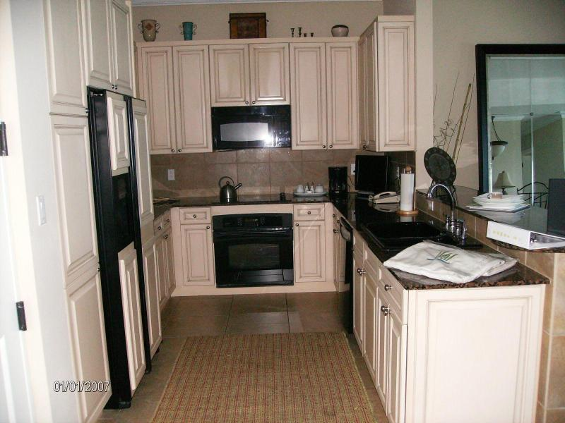 Kitchen - 2103C Amazing GULF FRONT Luxury Portofino Vacation - Pensacola Beach - rentals