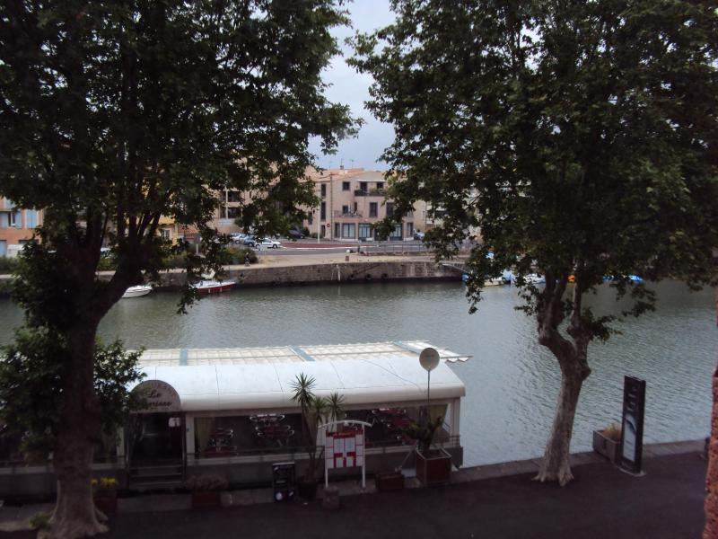 River view from Living room - 3 bedroom apartment in historic Agde, South France - Agde - rentals