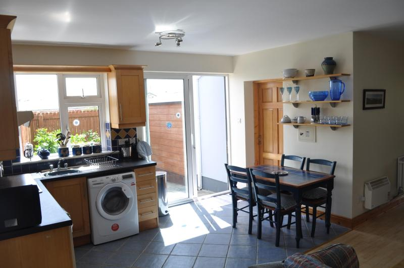 Kitchen Area - Seapark Holiday House Lahinch - Lahinch - rentals