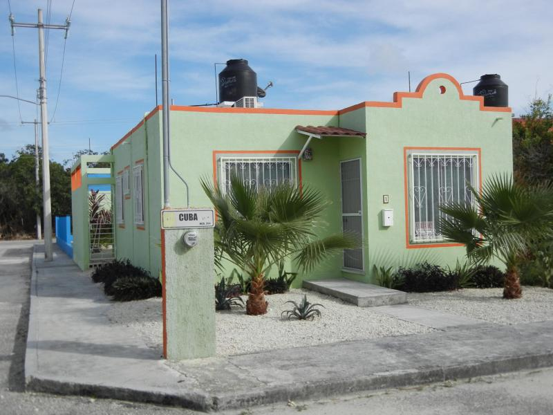2 bedroom house in the heart of Riviera Maya - Image 1 - Akumal - rentals