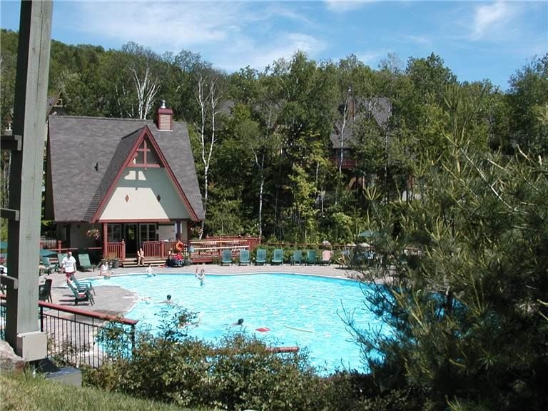 Mont Tremblant 2 Bedroom/2 Bathroom House (Le Plateau 204-3) - Image 1 - Mont Tremblant - rentals