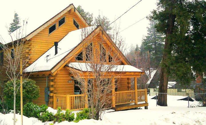 Cabin in the winter - Newly Build wood Log Cabin Minutes to Lake Special - Lake Arrowhead - rentals