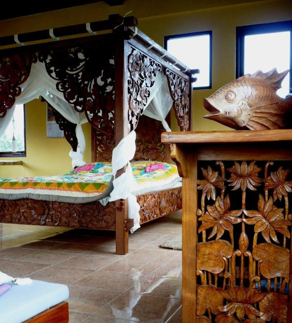 Sunset upstairs bedroom - Swallow Guesthouse in REAL Ancient Baliese Kingdom - Ubud - rentals