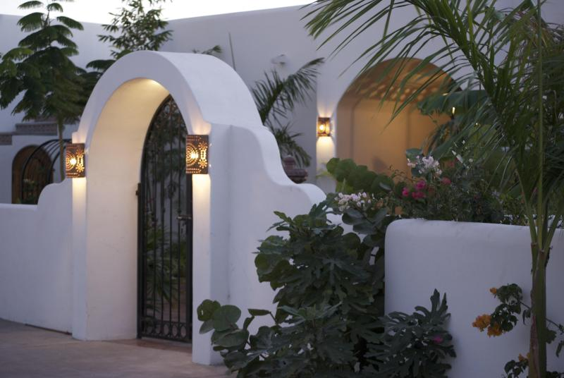 The Entry - Stay right on the Beach-Fantastic Sunsets - San Carlos - rentals