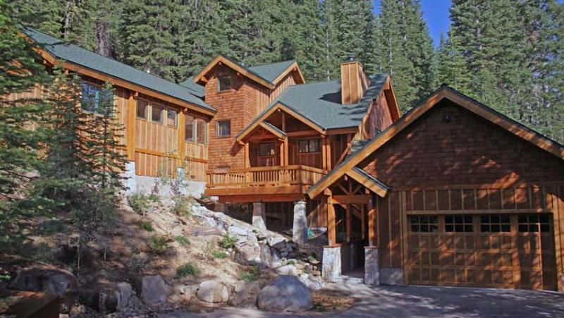 Family Home with view near Squaw Valley - Image 1 - Olympic Valley - rentals