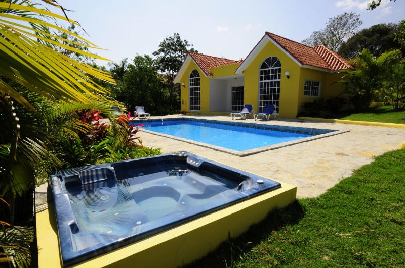 Complete privacy and a Jacuzzi!(48) - Image 1 - Sosua - rentals