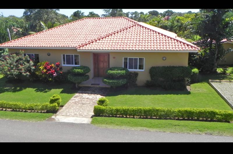 Large Private villa with Jacuzzi!(63) - Image 1 - Sosua - rentals