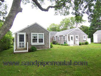 #7091 A great location & a perfect affordable option - Image 1 - Edgartown - rentals