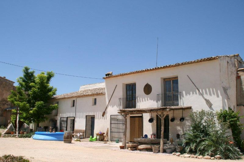 The front of the house - Bed & Brunch Cortijo Portichuelo - Yecla - rentals