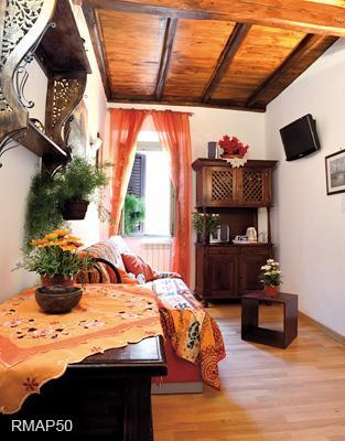 LIVING ROOM RMAP50 - Two Apts in the heart of the historical center. - Rome - rentals