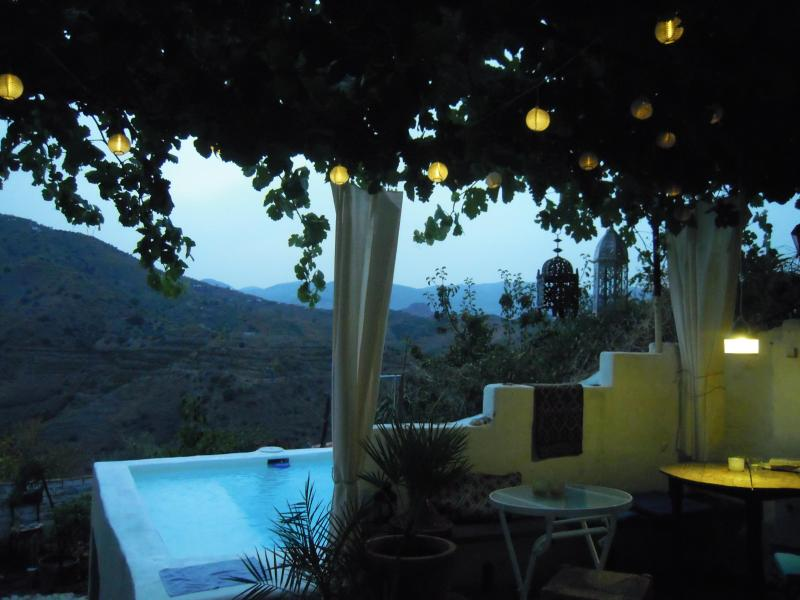 Backyard with pool and view - Ideal place if you are looking for rest, interactions,inspiration.  - Moorish Pueblo above Malaga. Pool-Kitchen-Garden - Cutar - rentals