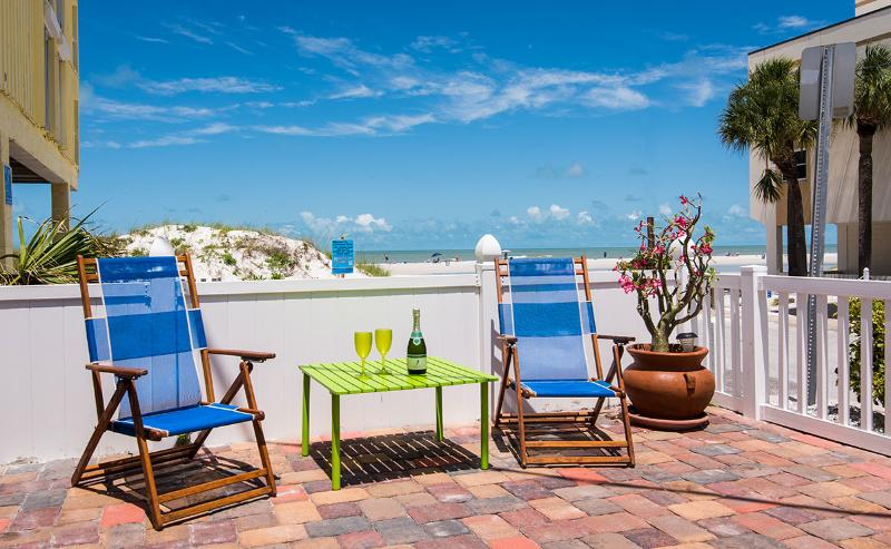 Great View of the Beach From Patio - Clearwater Beach Cambria House - Clearwater Beach - rentals