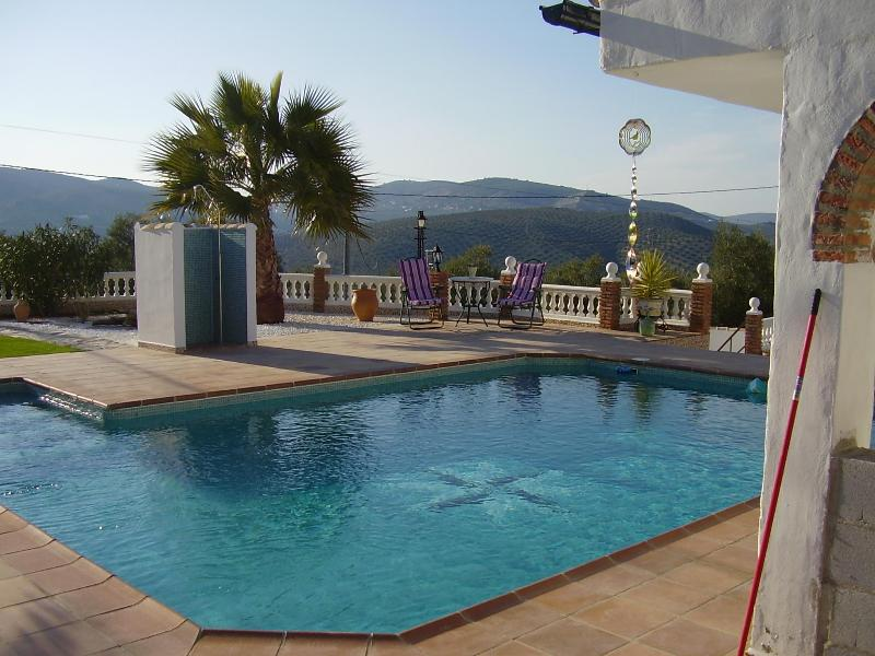 Pool with a view - Iznajar - Beautiful Andalucian 1 Bedroom Bungalow - Iznajar - rentals