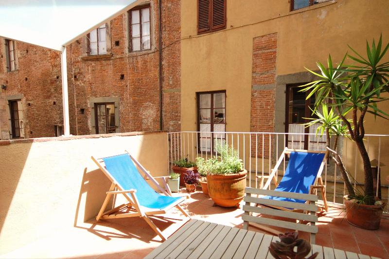 La Salvia di Berto, The Terrace - Delightful apartment with Terrace within the Walls - Lucca - rentals
