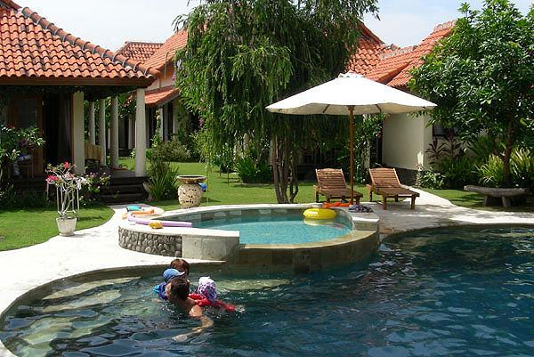 Main pool and kids pool from Bale, bedroom 2 to the left - The Vineyard Bali, Singaraja, North Bali - Singaraja - rentals