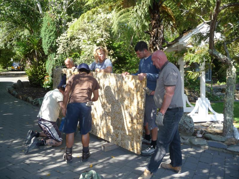 Kitchen Bench Arrives in a Brand New Moya Lodge - Moya Lodge of LIFE - Auckland - rentals