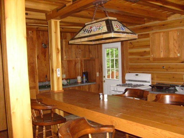 Kitchn nook - 3 bedroom artisan's cabin in Blue Ridge mountains - Bedford - rentals