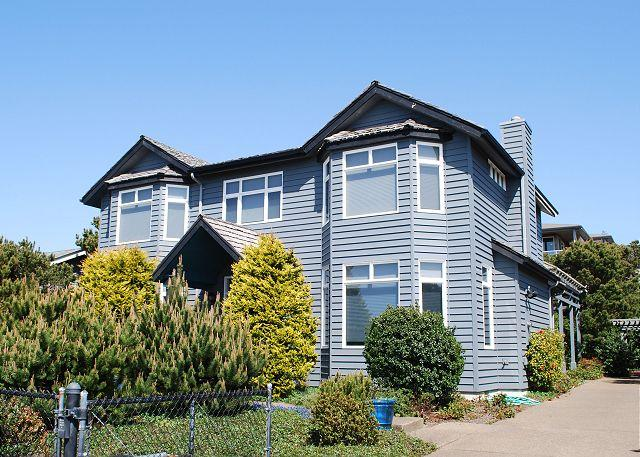 Great House---R533 Waldport Oregon Ocean view vacation rental - Image 1 - Waldport - rentals