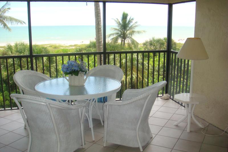 Lanai off the living room - Direct Gulf Front  Beautiful Condo  Gorgeous View - Sanibel Island - rentals