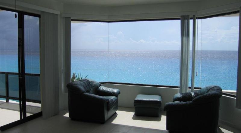 The view from the master bedroom - A Spacious Oceanfront Condo, Cozumel, Mexico - Cozumel - rentals