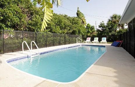 Heated Pool - Sept. Sale, Only $999! Tropical Beach Pool House - Clearwater Beach - rentals