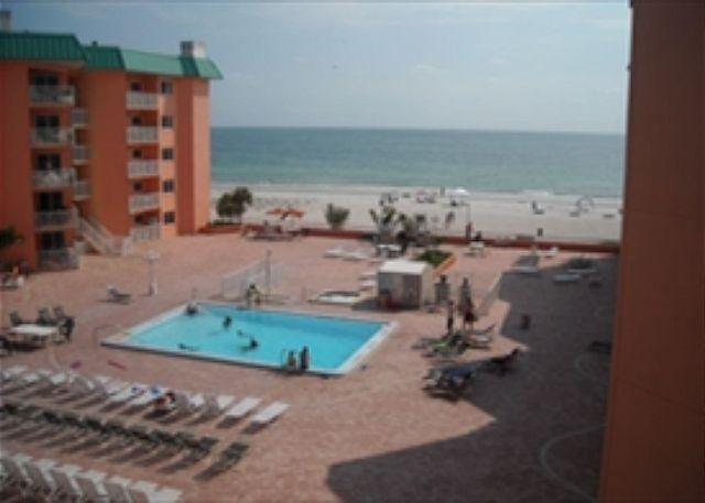 Pool - Beach Cottage Condominium 1105 - Indian Shores - rentals