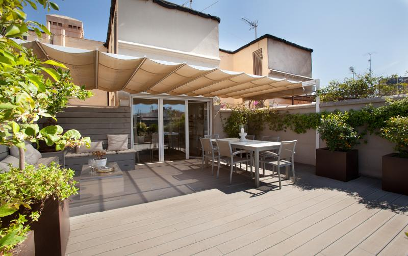 Main terrace 2d floor - Duplex apartm. w/ 3 roof terraces in city center - Barcelona - rentals